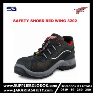 SEPATU SAFETY RED WING 3202
